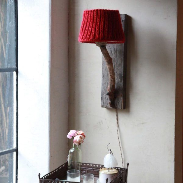 wooden wall lamp robuste